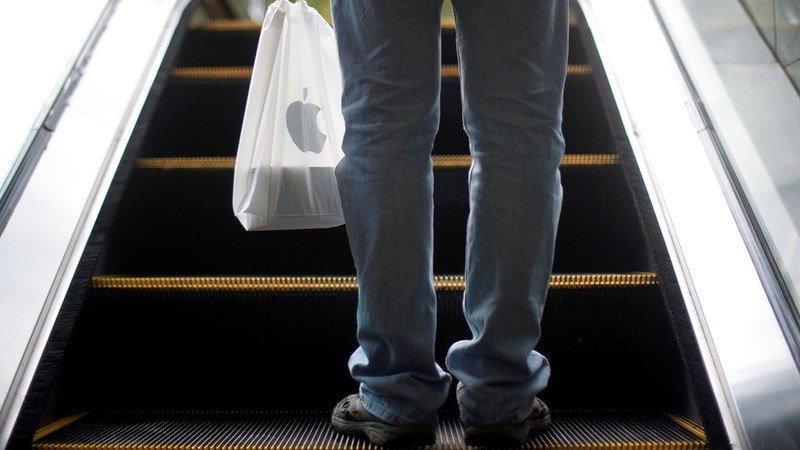 Apple to Phase Out Plastic Bags